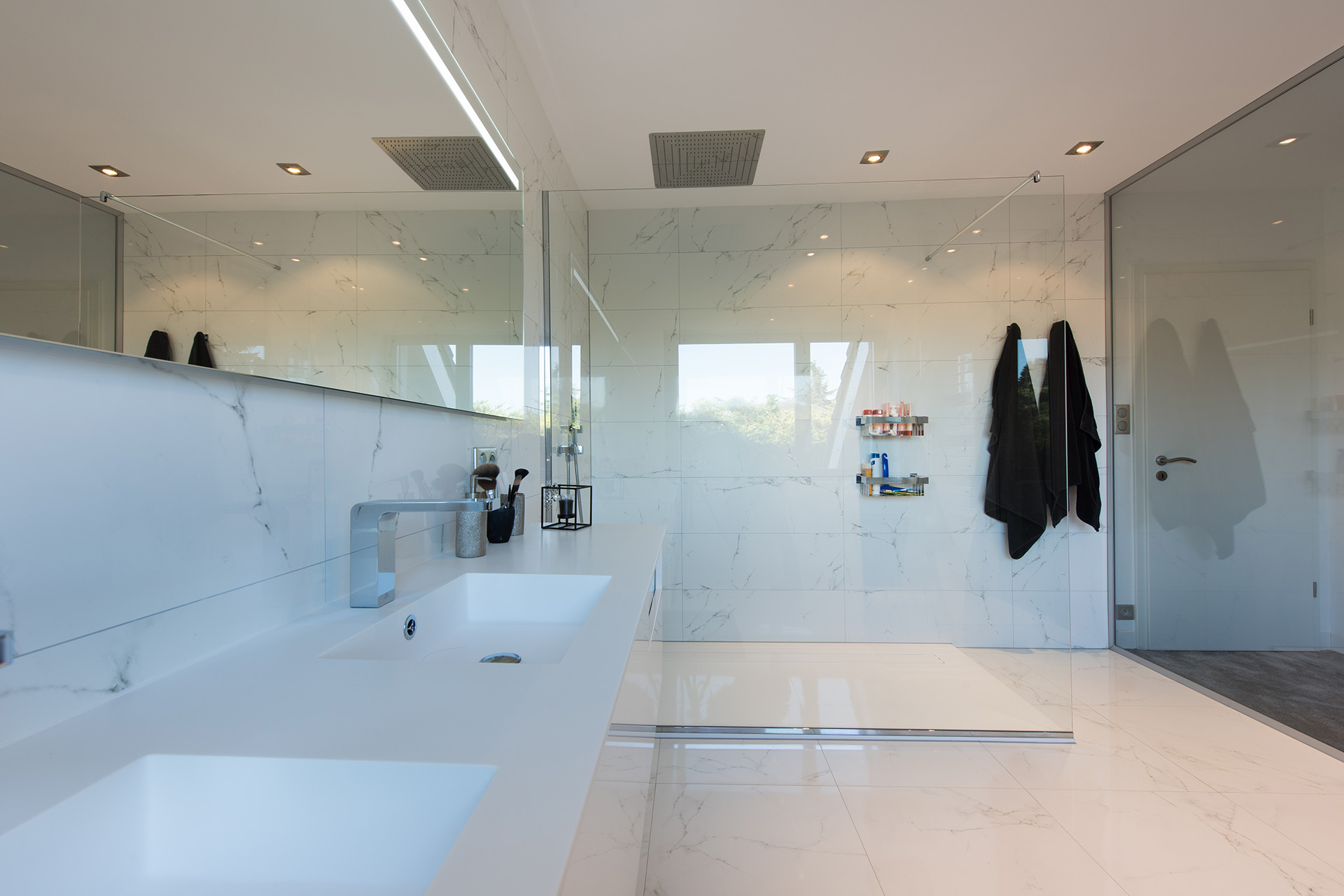 De l'installation à la décoration de votre salle de bain, faites appel à l'expertise de Marc Gallitelli