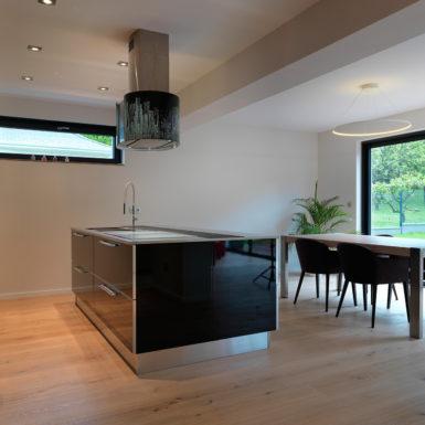 Pour agrandir cette maison à Mulhouse Dornach, une extension a été construite par Marc Gallitelli.
